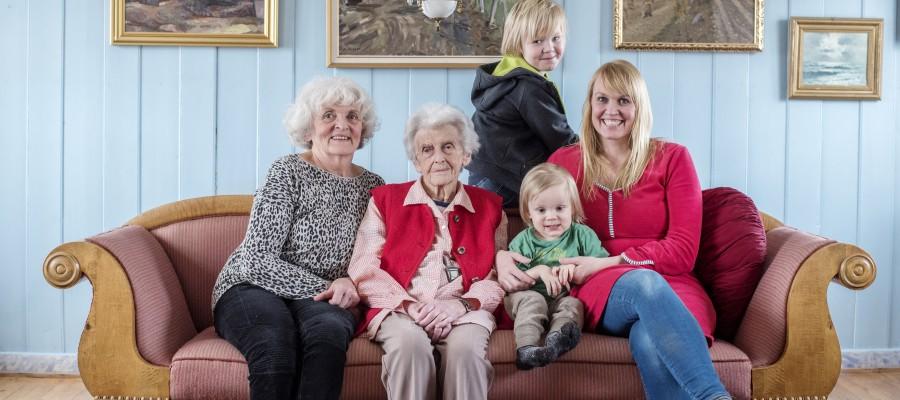 Regisør og filmskaper Mali Finborud Nøren har lagd film om sin mor Gunhild.